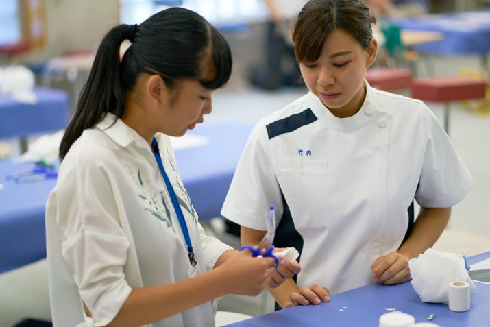 両学科とも授業内容だけでなく、資格に関係した職業体験もできます。